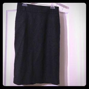 Banana Republic wool pencil skirt, Sz 4